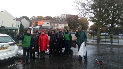 Wet litter pick volunteers